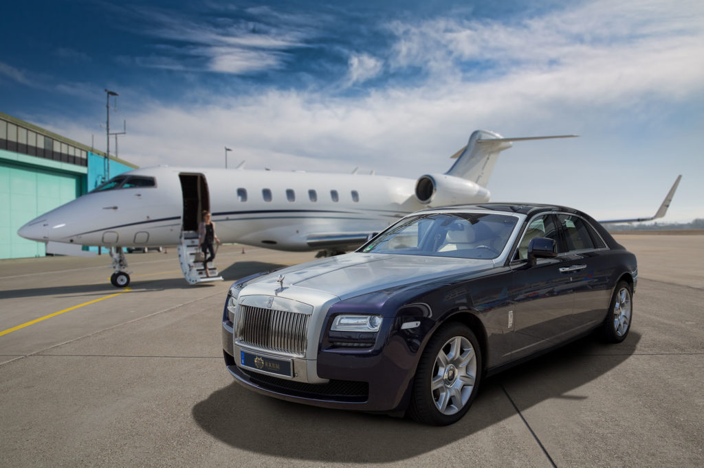 Rolls-Royce_Ghost_a01